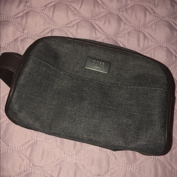eead9176c9 Hugo Boss Other - Hugo Boss accessory bag